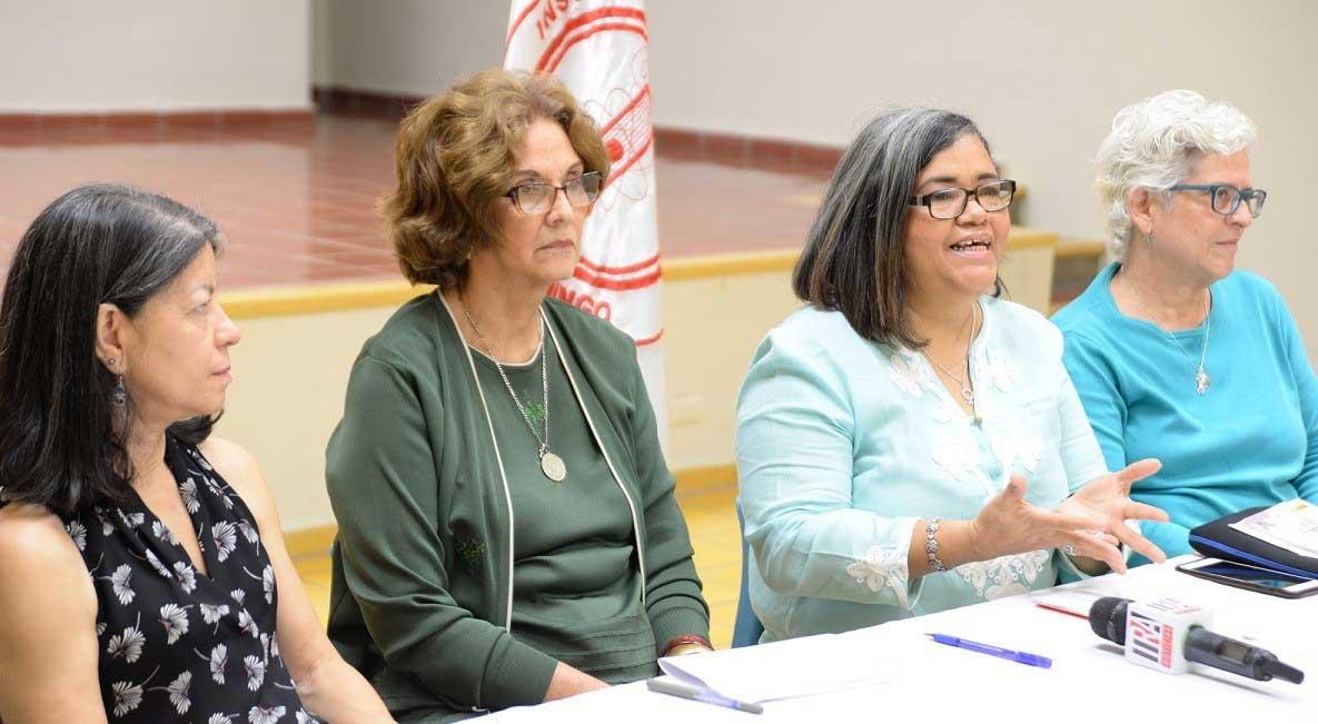 Existen barreras infranqueables que restringen el desarrollo de la mujer dominicana